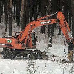 Doosan 180WV (колесный дизельный экскаватор, рабочие органы: ковш-для землянных/раскопочных работ, гидромолот- для снятия дорожного покрытия, выкорчевывания деревьев, разрыхления и разрушения мерзлого грунта)